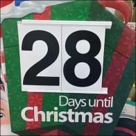Retail Counts Down Days 'Til Christmas