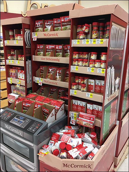 McCormick Spice Thanksgiving Oven Display – Fixtures Close Up