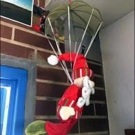 skydiver-santa-3