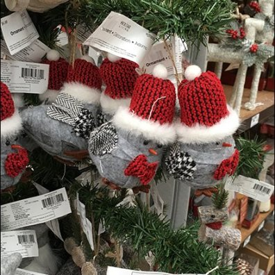 faux-christmas-tree-as-ornament-display-3