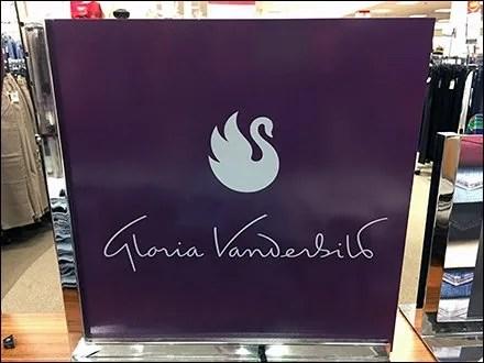 Gloria Vanderbilt Slacks Display 3