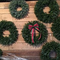helen-eds-tree-farm-wreath-sales-3