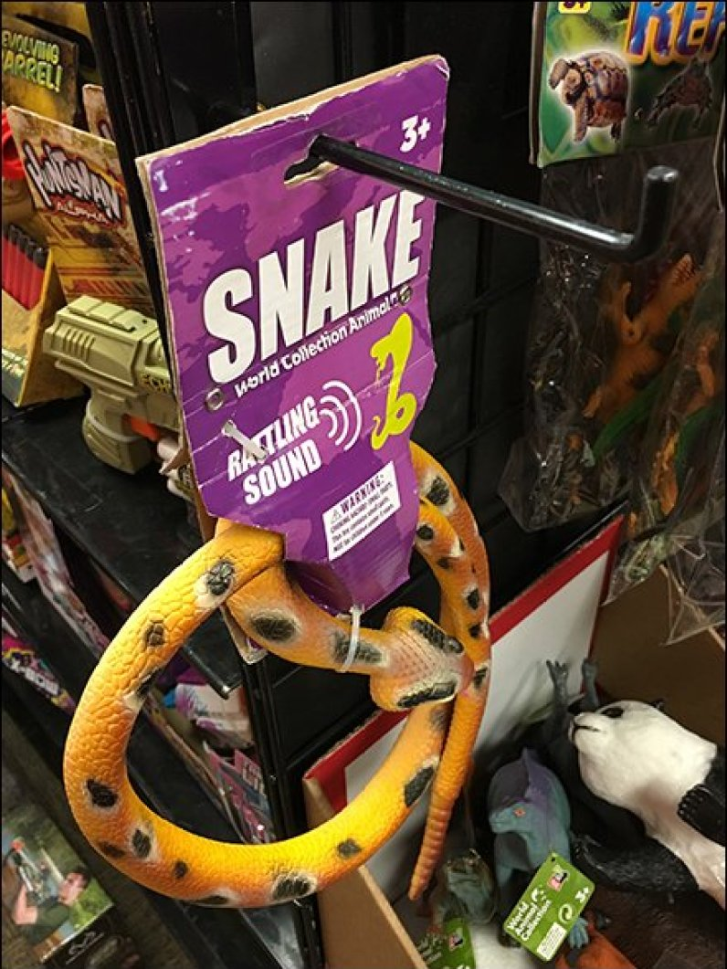 Snake on 90º Tip Hook 3