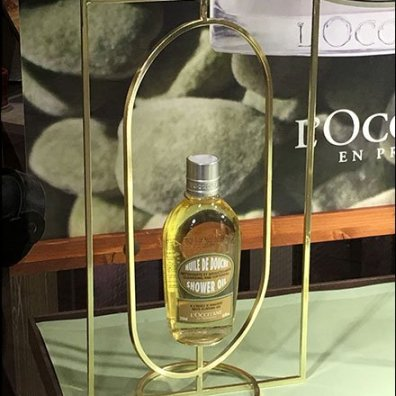 L'Occitane Space Frame And Pedestal Combo