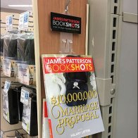 Paperback Strip Merchandiser for Bookshots