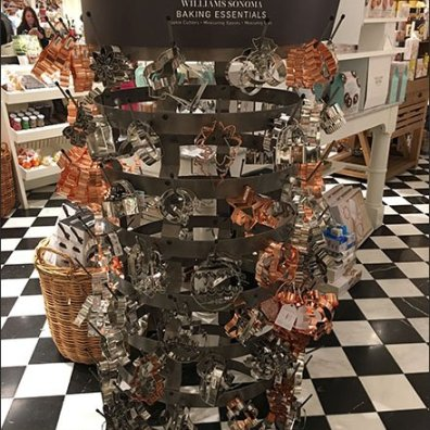 Williams Sonoma Baking Essentials Cookie Cutter Rack 3