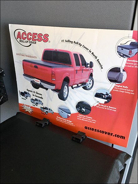 Access Tonneau Cover Display For Pickups Trucks