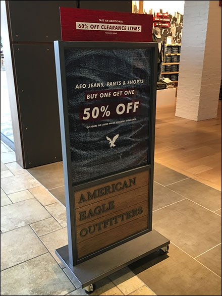 American Eagle Outfitters Branding Goes Mobile