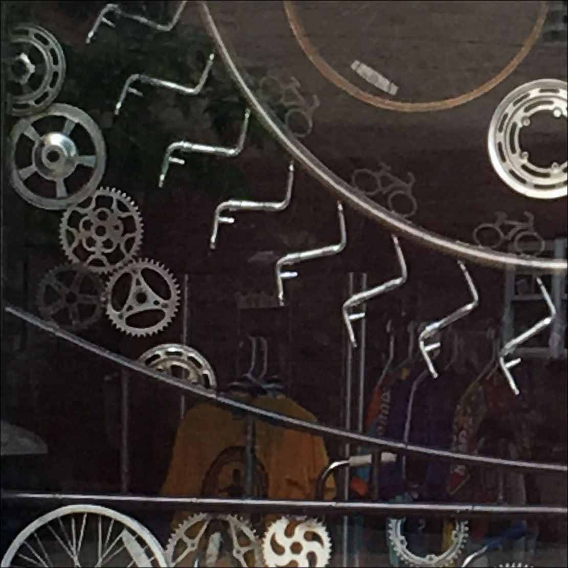 Best Bicycle Window Dressing Visuals