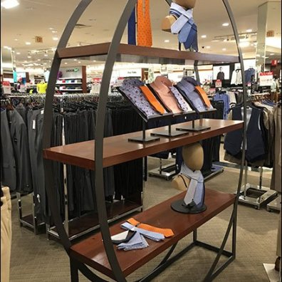 Full Elliptical Display Rack Focuses Sales