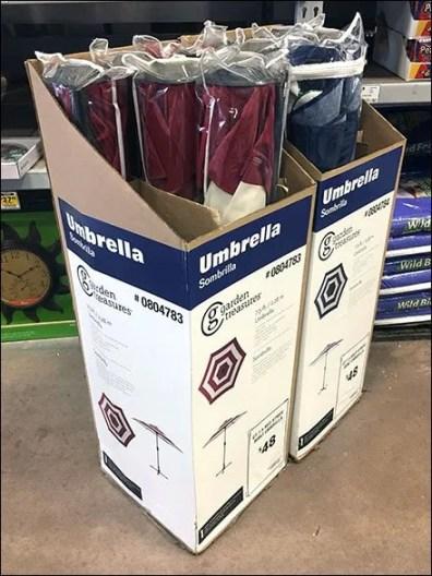 Beach Umbrella Four-Pack Merchandising