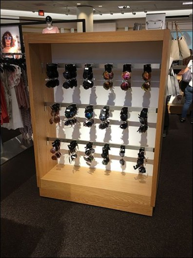Sunglasses Saddle-Mount Display Hook for Bar