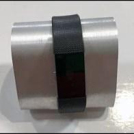 Fitbit Metal Wrist Hump Display