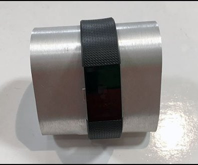 Fitbit Metal Wrist Hump Display