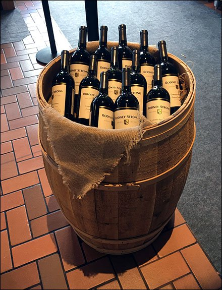 Laid-Back Wine Barrel Arrangements