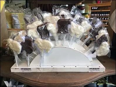 Sugar Plum Lollipop Arch In Corrugated