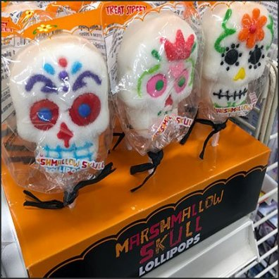 Treat Street Marshmallow Skull Halloween Lollipops Feature