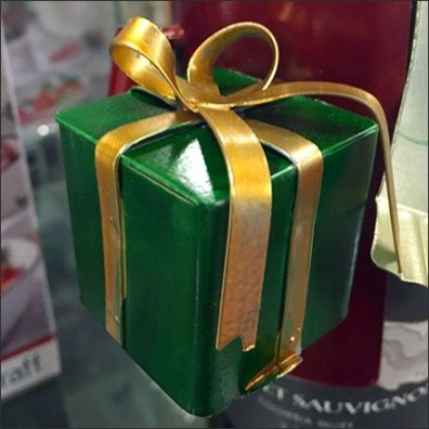 Christmas Wine Bottle Caddy Gift Box DetailAux