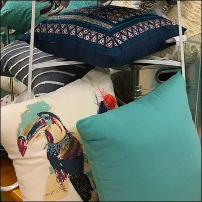 Decorator Pillow Pyramid Table Top Feature