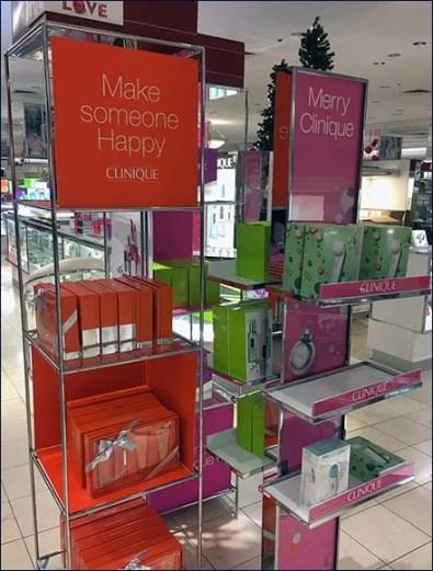 Merry Clinique Christmas Merchandising