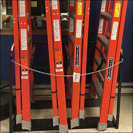 Vertical Ladder Rack Square2