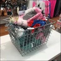 Osh Kosh Open Wire Basket Shopping Carry Bulk Bin Feature