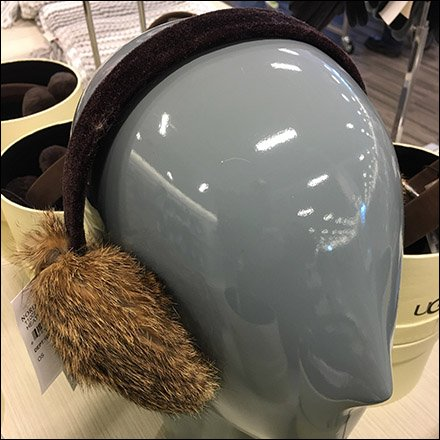 Ugg Earmuff Tethered Hatbox Display