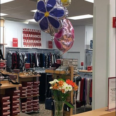 Balloon Bouquet Ambiance at Dress Barn