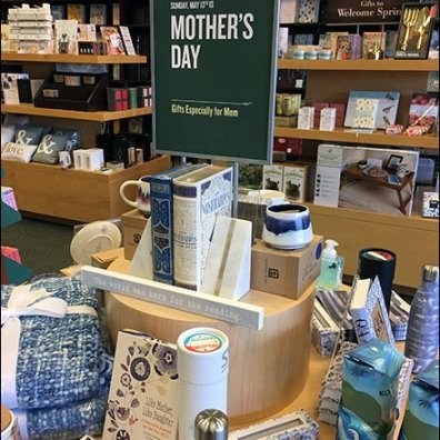 Mother's Day Gift Circular Island Display