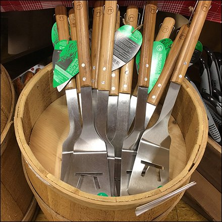 Wood Barrel Grilling Utensil Merchandising