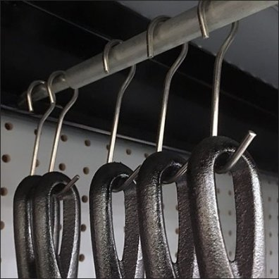 Cast Iron Cookware Under Shelf Hang Rod