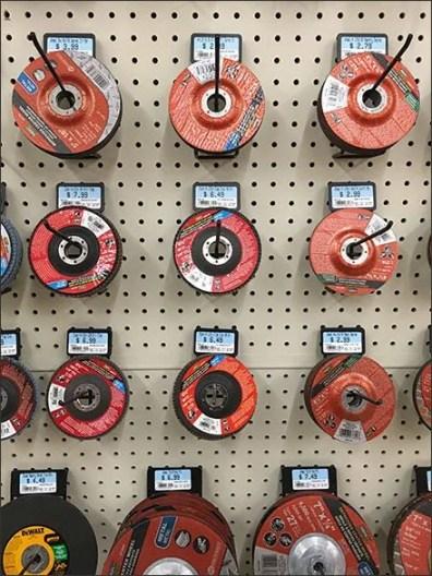 Grinding Wheel Merchandising En Masse