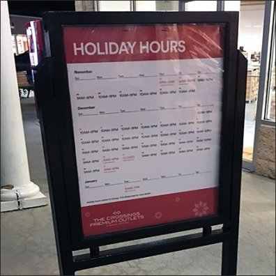 Premium Outlet Mall Holiday Hours Advisory
