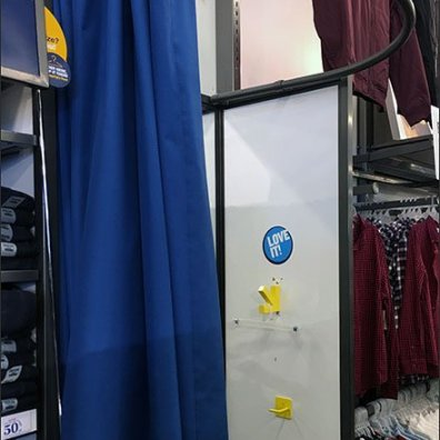Informal Drape Fitting Room Pop-Up Addition