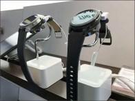 Smart Watch Display Stands AtVerizon