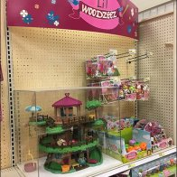 Woodzeez Treehouse Museum Case Display