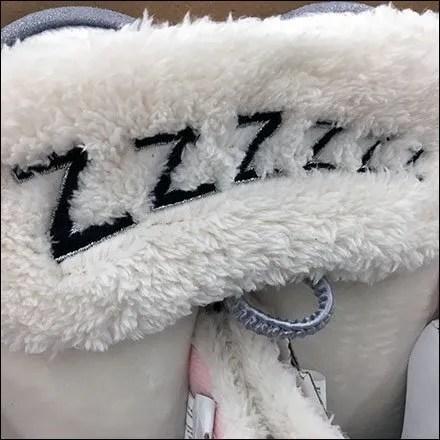 DearFoams Sleepy Zzzzzz Slipper Merchandising