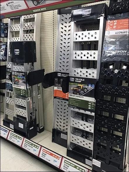 Heavy-Duty Ramp Inline Basedeck Display