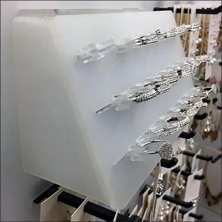 Fashion Jewelry Slotwall Ring Displayer