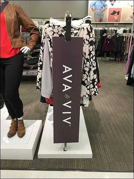 Ava & Viva Hangrail Leather Sign Hanger