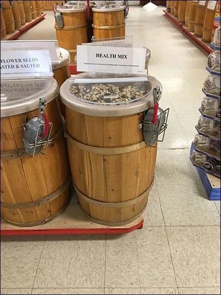 European Candy Bulk Barrel Hand Scoop