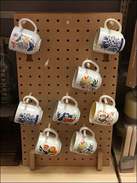 Wood Peg Mug Merchandising Display Board