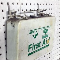 Single-Prong All-Wire Pin-Up Hook FirstAid