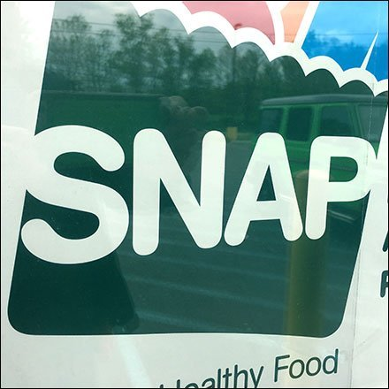 SNAP Store Entry Advisory Sign Aux