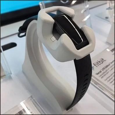 Fitbit Slimline Smartwatch Cradle