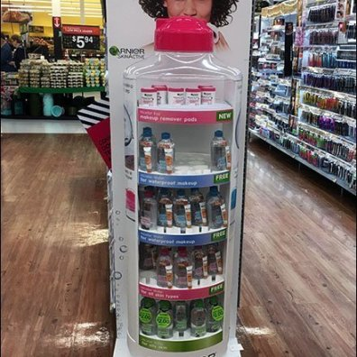 Garnier Misceliar Water Bottle Realistic Display