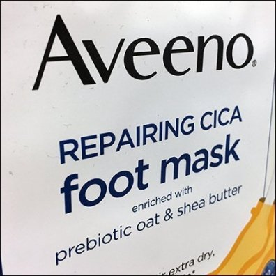 Aveeno Foot Mask Specialty Merchandising