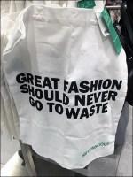 Tall T-Stand Fashion Bag Merchandising