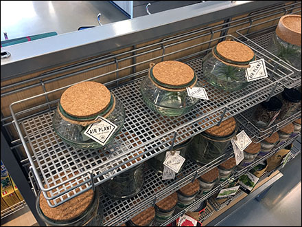 Square-Perforated Metal Slatwire Shelves