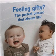 Feeling-Gifty Gift Card Display Promotion